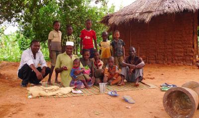 Hassan und seine Schwiegerverwandten - zumindest einige von ihnen