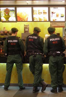 Polizei-f_r-Franca1