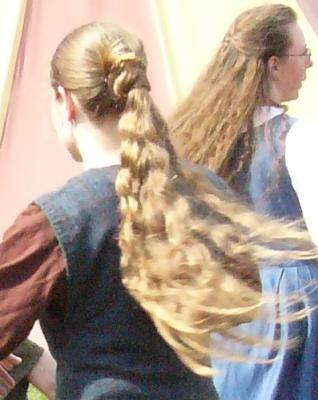 Haarknoten und Pferdeschwanz Wikinger