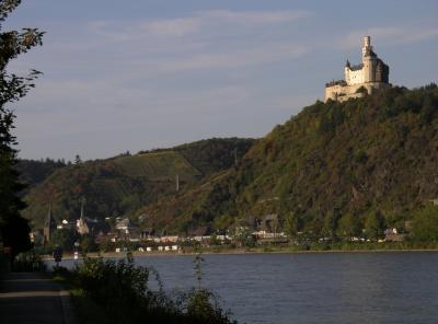 ...zig Schloesser und Burgen zwischen Mainz und Koeln