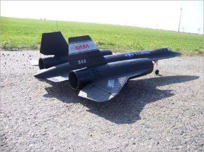 Hier der RC Jet SR-71 Blackbird mit 2 Impellern, welche elektrisch angetrieben werden