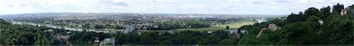 Blick auf das Blaue Wunder und Dresden vom Luisenhof