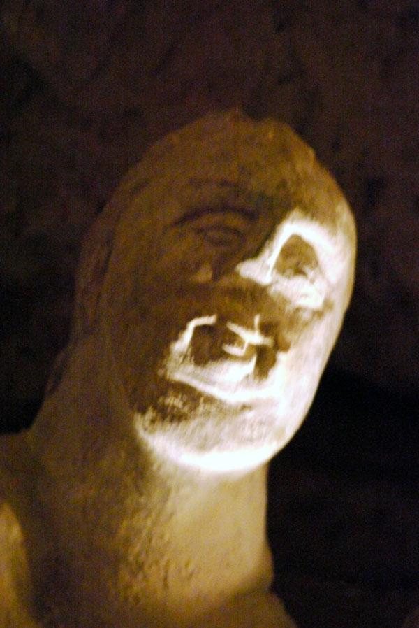 Hoehlenskulpturen Deneze sous Doue 15