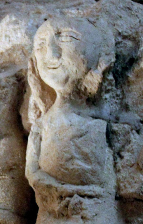 Hoehlenskulpturen-Deneze-sous-Doue-18