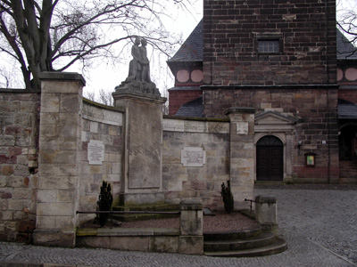 Kriegerdenkmal1