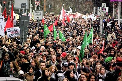 19-Januar-2008-Duesseldorf-Demo-gegen-Kopfnoten-13