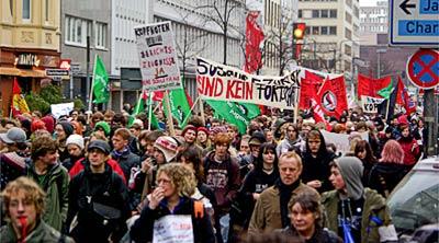 19-Januar-2008-Duesseldorf-Demo-gegen-Kopfnoten-4
