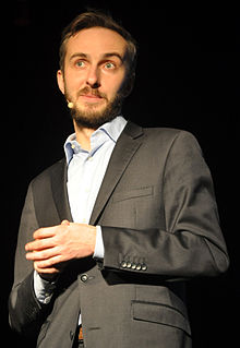 Jan_Boehmermann_in_Rostock_2014_06