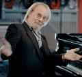 Benny Andersson am Klavier