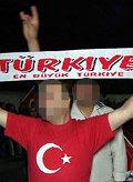 Faschistisches Symbol bei Demonstration von Türken in Wien