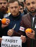 Türken schlachten Orangen