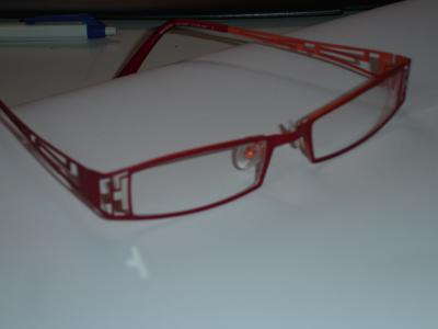 Brille_rot