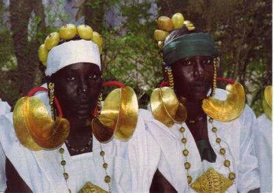 Femmes Peul de Sarrasseni &copy; Foto: S. Diawarra | Reproduction interdite<br /> Postkartenabo.ch Jolly Greetings On Real Paper. Since 2012. Untill 2015.