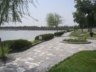 Promenade in Esfahan