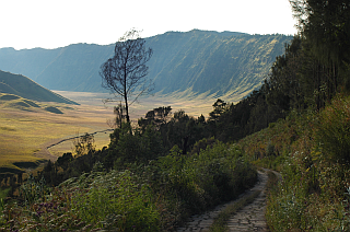Into the Tengger caldera