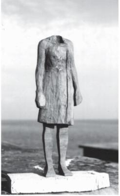 Mimosa. (c) Klaus Schmetz, Bildhauer, Aachen