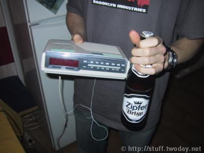 Radiowecker_Ansatz