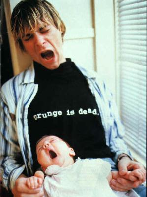 Kurt Cobain con su hija pequeña Frances