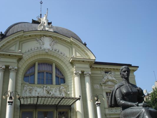 Cernovics, Stadttheater von 1905, erbaut von F. Fellner und H. Helmer