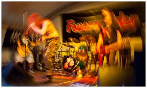 Metalband verfremdet