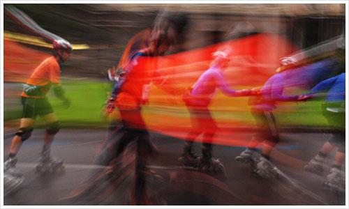 Verfremdetes Bild vom Skatermarathon 2010 in Berlin