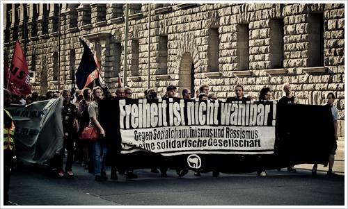 Demonstration gegen Rechtsparteien
