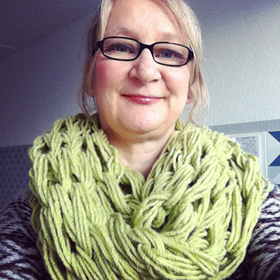 Armknitted scarf by wollvictim on instagram